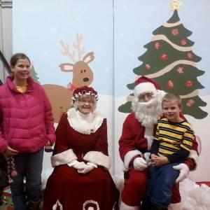 kids with santa 2014